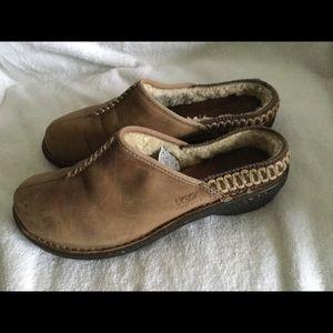 Ugg Australia SN 5135 women's mule clogs size 8